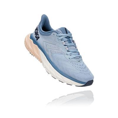 HOKA ONE ONE WOMEN`S ARAHI 5 RUNNING SHOES - BLUE FOG/PROVINCIAL BLUE